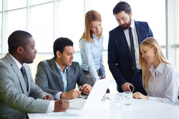 многих возникает бизнес идеи дя крупного бизнесса того