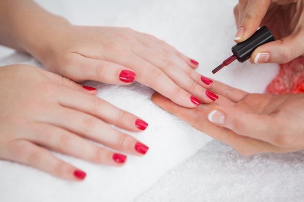 Как отредактировать ногтей