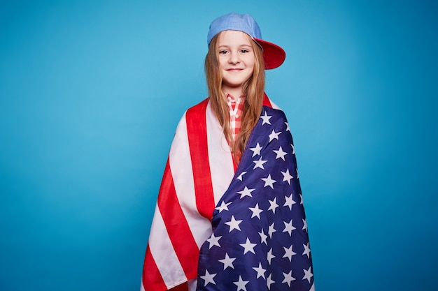 photos of girls jumping wrapped in american flag № 13400