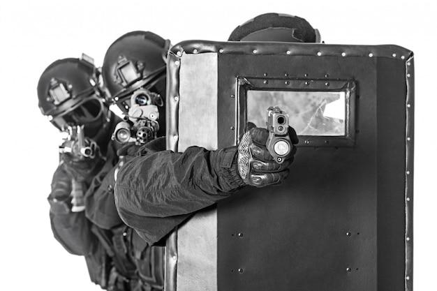 Vector Shields  Life saving ballistic shields by NarCase