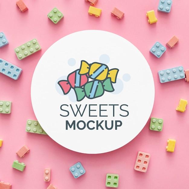 Aranżacja Słodkich Cukierków Z Makietą Premium Psd