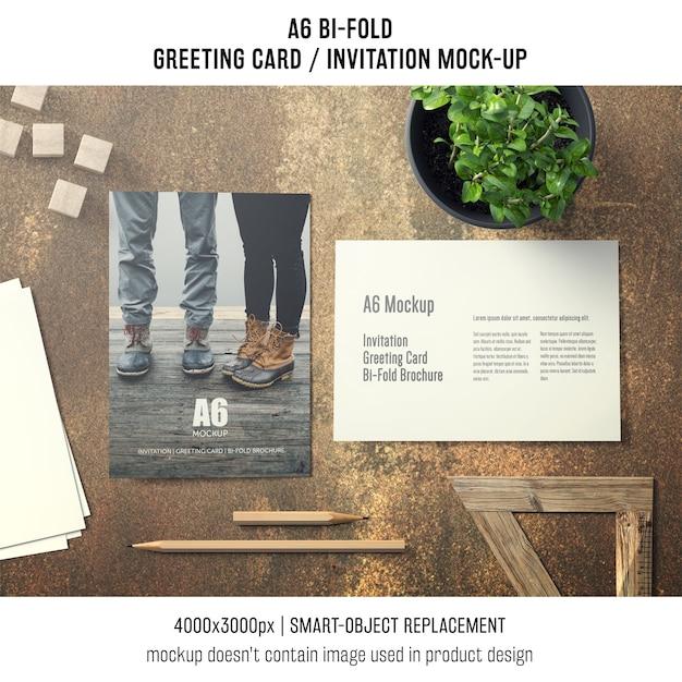 Artystyczny a6 bi-fold makieta z życzeniami Darmowe Psd