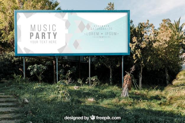 Big billboard makieta w przyrodzie Darmowe Psd