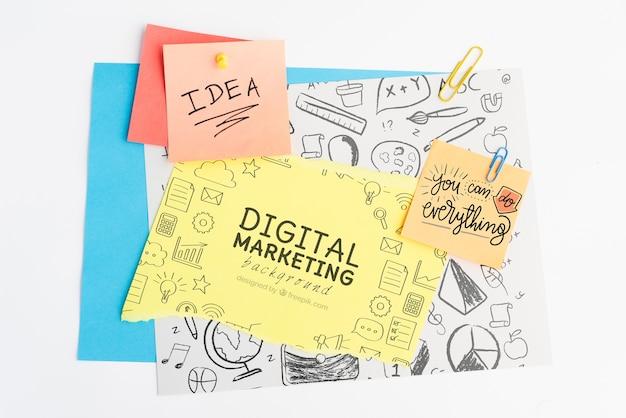 Cyfrowego marketingowy tło i pojęcie pomysł na post-it z doodles Darmowe Psd
