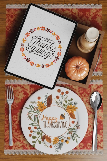 Elegancka nakrycie stołu w święto dziękczynienia Darmowe Psd
