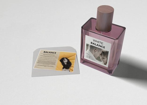 Flakon Perfum Perfum Na Stole Darmowe Psd