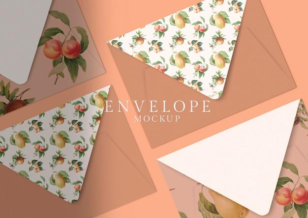 Kwiatowy wzór koperty Darmowe Psd
