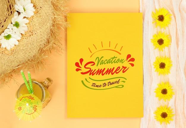 Letni Próbny żółty List Ze Słomkowym Kapeluszem I Sokiem Pomarańczowym Premium Psd