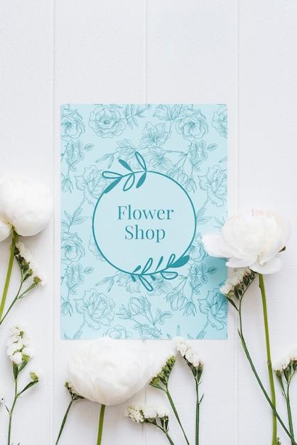 Makieta Niebieski Sklep Z Kwiatami I Białe Kwiaty Darmowe Psd