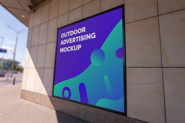 Makieta ulicy reklama zewnętrzna kwadratowy miasto billboard w czarnej ramce na ścianie Premium Psd