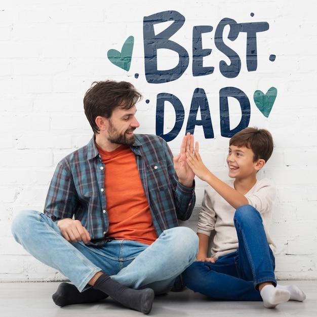 Małe Dziecko Z Pozytywnym Przesłaniem Dla Ojca Darmowe Psd