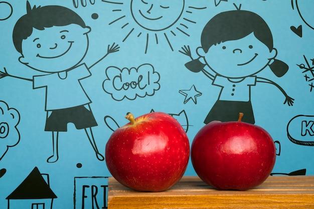 Obchody Dnia Przyjaźni Z Czerwonymi Jabłkami Darmowe Psd