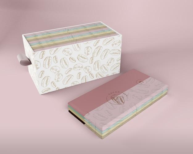 Papierowe opakowanie tabletek czekoladowych i makieta pudełkowa Darmowe Psd
