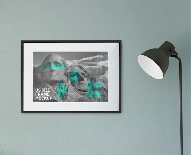 Piękna czysta fotografia czarna pozioma rama na ścianie makieta Premium Psd