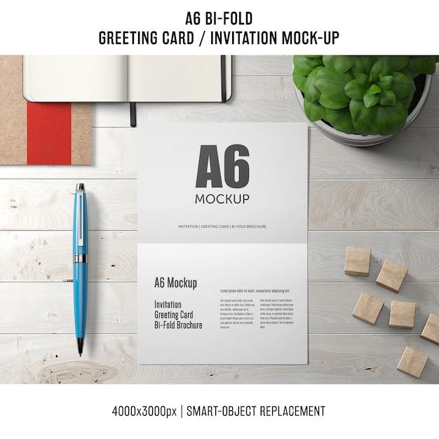 Profesjonalny szablon a6 bi-fold z pozdrowieniami Darmowe Psd