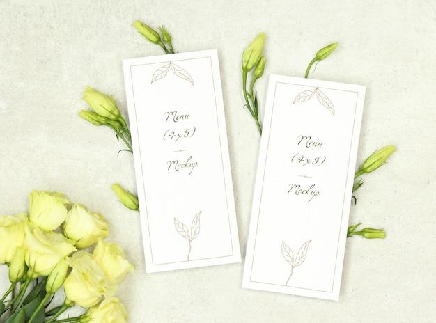 Ślubny menu szablon z bukietem róże Premium Psd