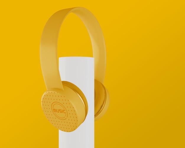 Słuchawki Z Lat 80. Na żółtym Tle Darmowe Psd