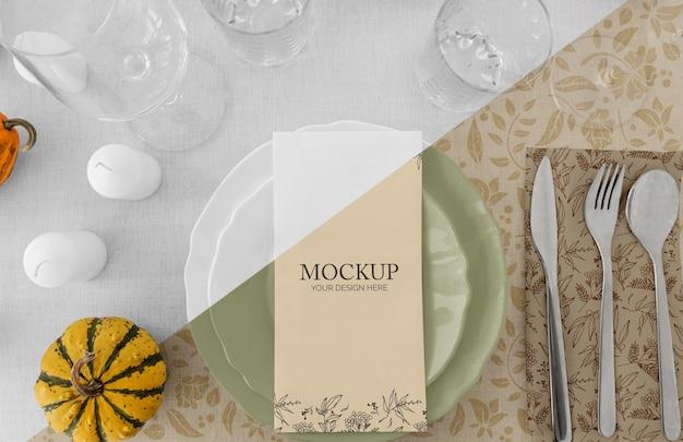 Stół Obiadowy Na święto Dziękczynienia Ze Sztućcami I Szklankami Darmowe Psd