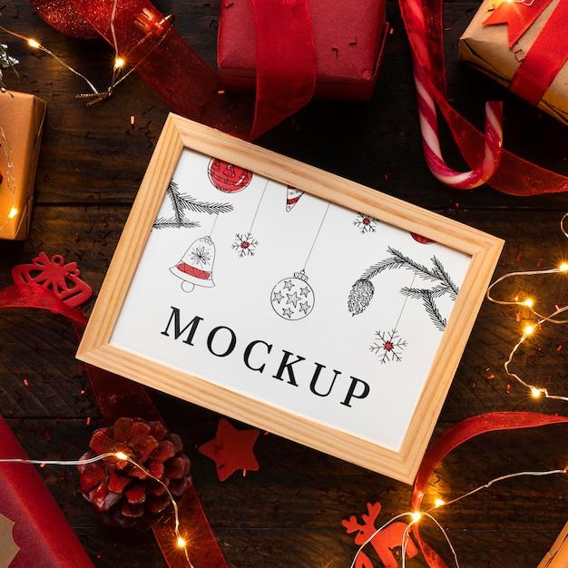 Świąteczna Makieta W Ramce I Cukierku Premium Psd