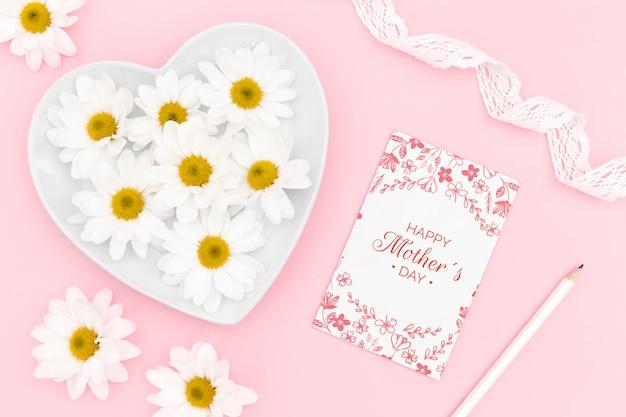 Szczęśliwa Karta Dzień Matki Z Kwiatami Rumianku Darmowe Psd