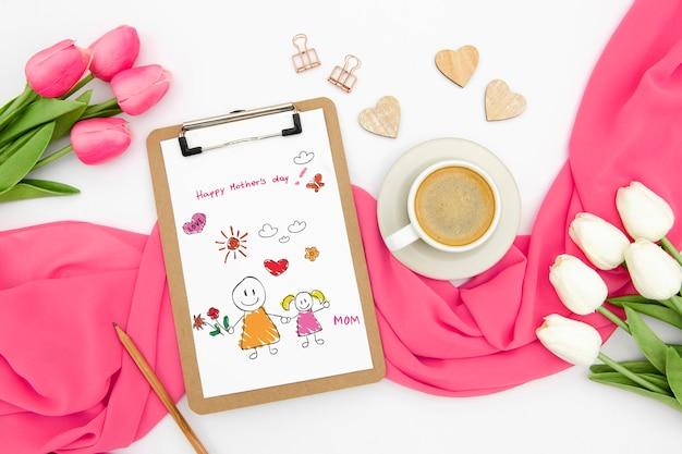 Szczęśliwy Dzień Matki Z Notatnika I Tulipany Darmowe Psd