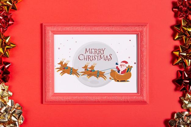 W Ramce Mikołaj I Jego Reniferowe Zdjęcie Z Kokardkami Darmowe Psd