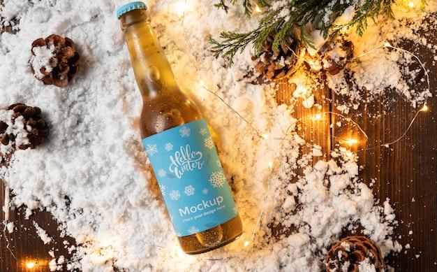 Widok Z Góry Butelka Piwa W śniegu Premium Psd