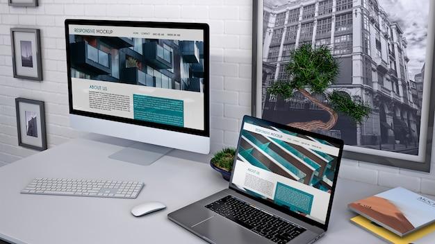 Workspace makieta z komputerem Darmowe Psd