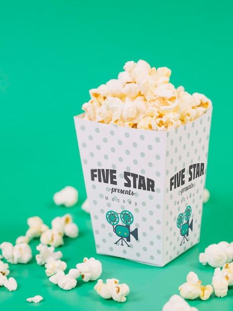 Wysoki Kąt Filiżanki Popcornu Darmowe Psd