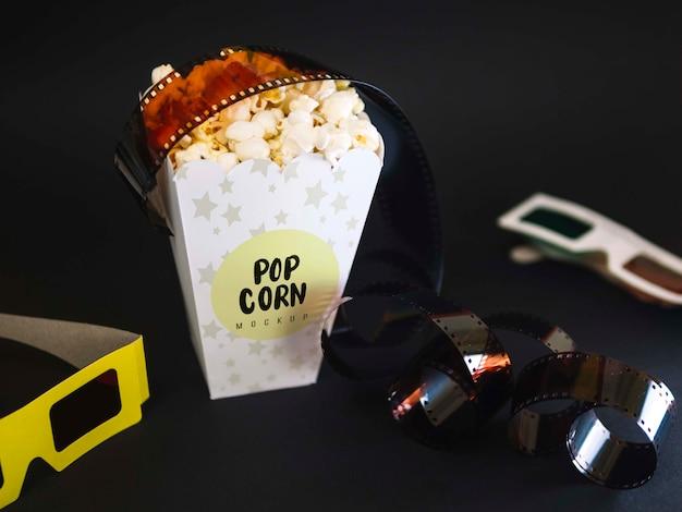 Wysoki Kąt Okularów Kinowych Z Popcornem I Filmem Darmowe Psd