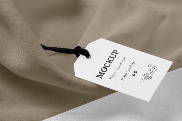 Wysoki Widok Makiety Etykiet Odzieżowych Na Miękkiej Tkaninie Darmowe Psd