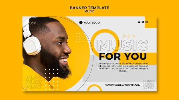 Z Ukosa Człowiek Słucha Muzyki Szablon Sieci Web Banner Premium Psd