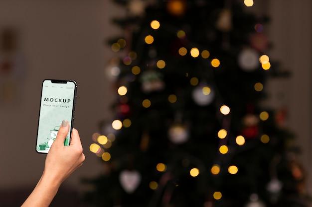Zbliżenie Dłoni Trzymającej Smartfon Darmowe Psd