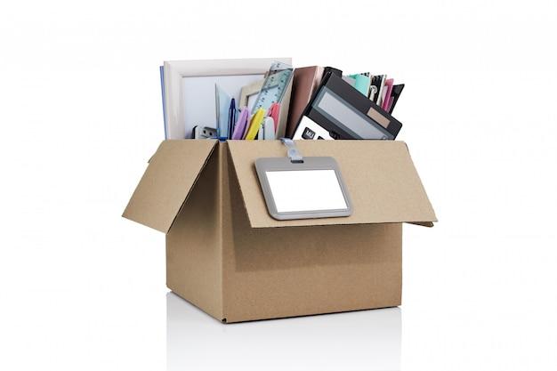 Zwolnienie. Pudełko Z Artykułami Biurowymi. Karton Pełen Artykułów Biurowych. Premium Psd