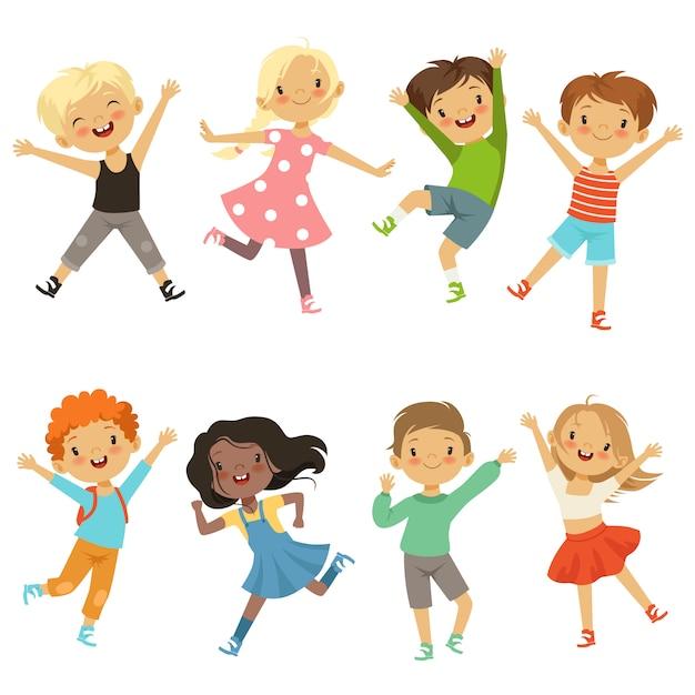 Aktywne dzieci w różnych pozach akcji Premium Wektorów