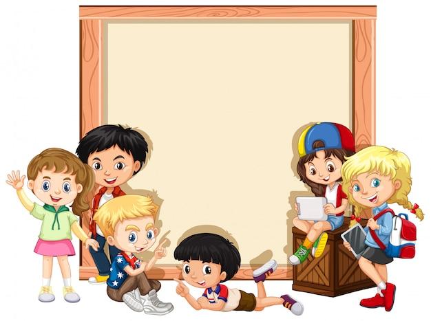 Baner z szczęśliwymi dziećmi Darmowych Wektorów