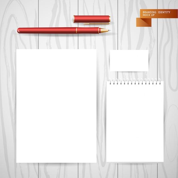 Biały Pusty Arkusz Papieru Z Notatnika I Albumu Premium Wektorów