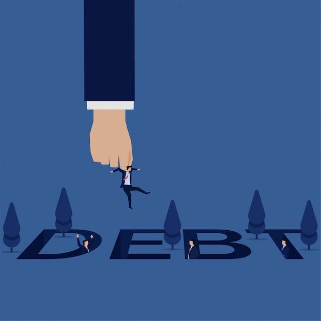 Biznesowa ręka podnosi i ratuje biznesmena od długu dziury inny biznesmen widzi. Premium Wektorów