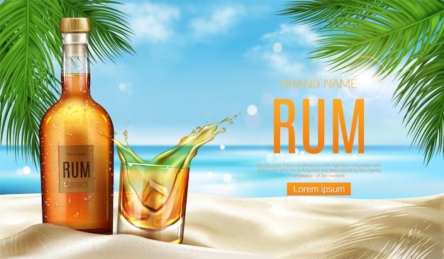 Butelka rumu i szklanka z lodem stoją na piaszczystej plaży Darmowych Wektorów