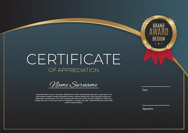 Certyfikat Osiągnięcia Szablonu Ustawić Tło Z Złotą Odznaką I Obramowaniem. Premium Wektorów