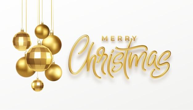 Christmas Party Kaligrafia Napis Kartkę Z życzeniami Z Złote Metalowe Ozdoby świąteczne Na Białym Tle. Premium Wektorów