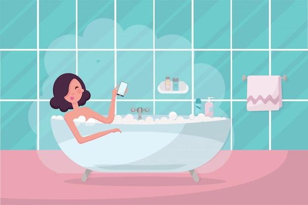 Ciemne Włosy Dziewczyna W Wannie Z Smartphone W Dłoni. Premium Wektorów