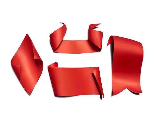 Czerwoni faborki i flaga ilustracyjni. 3d realistyczny zakrzywiony papier, satynowe tekstylne lub jedwabne banery Darmowych Wektorów