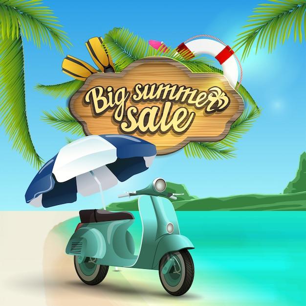 Duża letnia wyprzedaż, baner internetowy z drewnianym znakiem z dekoracją morską Premium Wektorów
