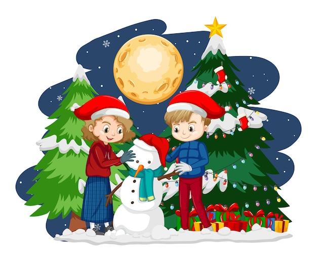 Dwoje Dzieci Tworząc Bałwana W Tematyce Bożonarodzeniowej W Nocy Darmowych Wektorów