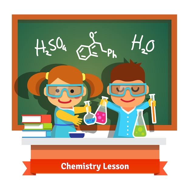 Dzieci bawiące się na lekcji chemii Darmowych Wektorów