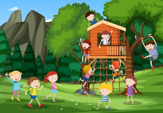 Dzieci bawiące się w domku na drzewie Darmowych Wektorów