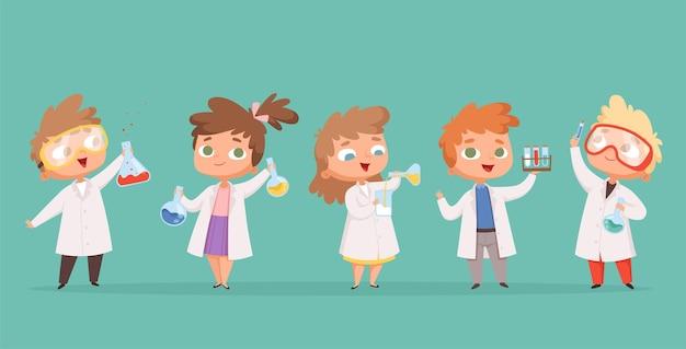 Dzieci Chemii. Nauka Dzieci W Szkole Znaków W Ludziach Kreskówek Laboratorium. Premium Wektorów