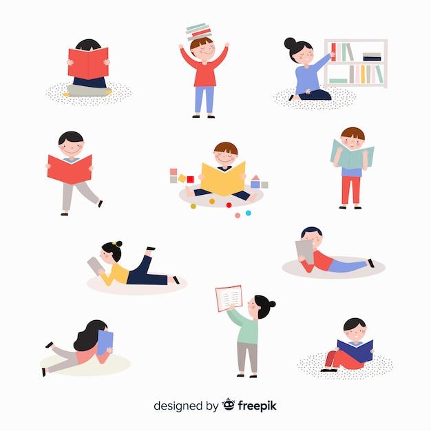 Dzieci czytając zestaw książek Darmowych Wektorów