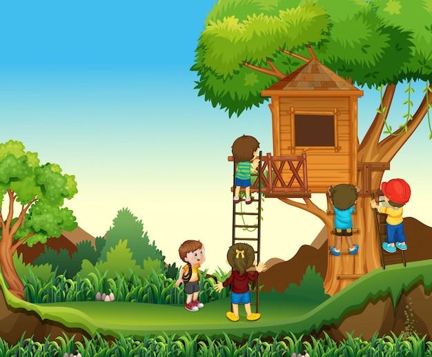 Dzieci wspinające się na domek na drzewie Darmowych Wektorów